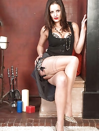 Valantina - Sultry in leopard print girdle and ff nylons!